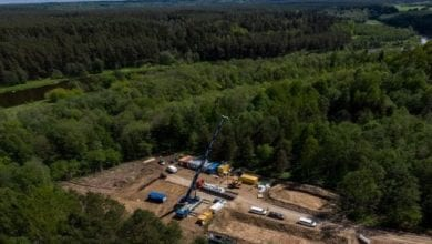 Photo of Teams onsite for complex HDD under Neris River